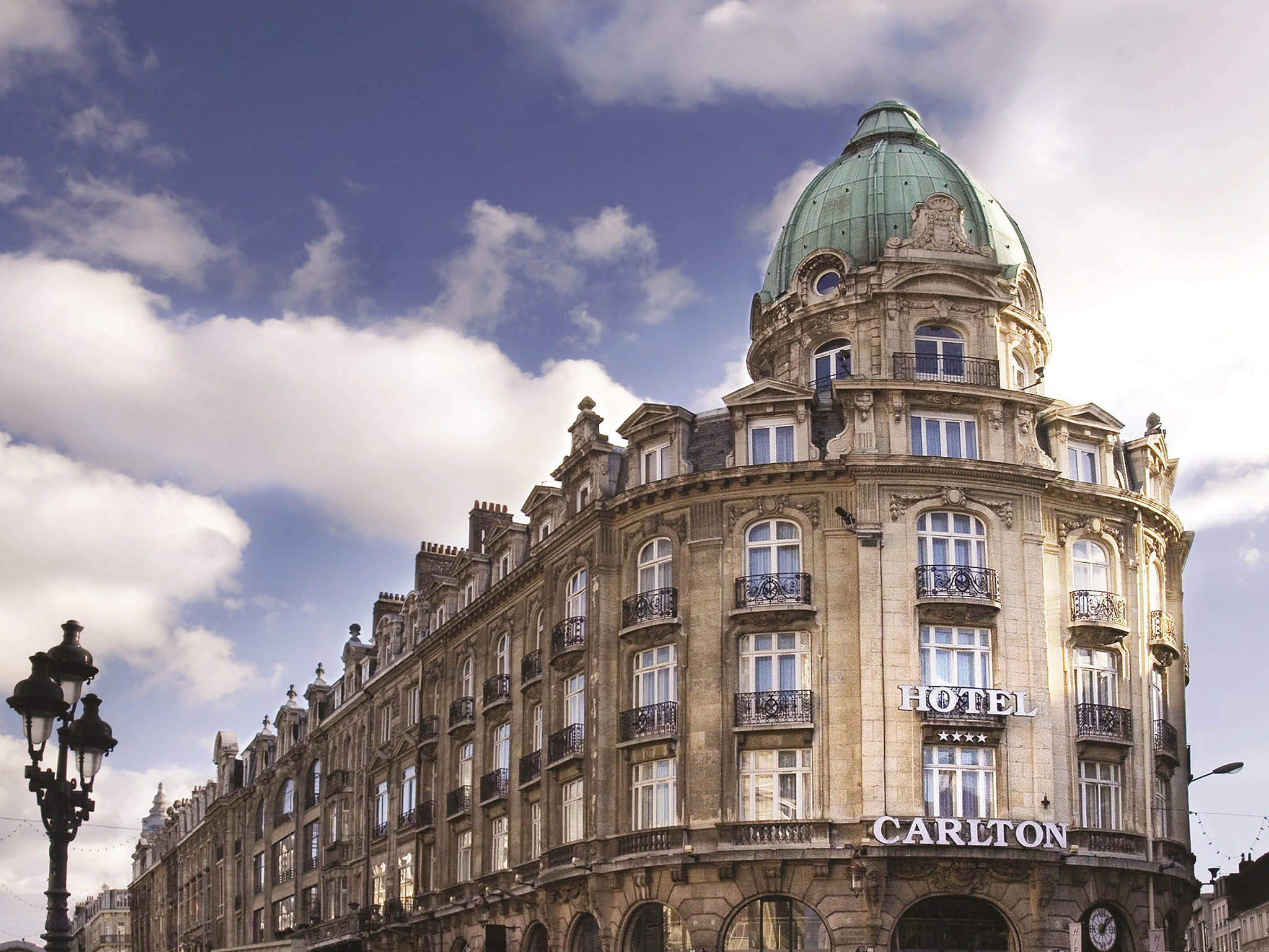 Hotel in lille hotel carlton lille for Hotels lille