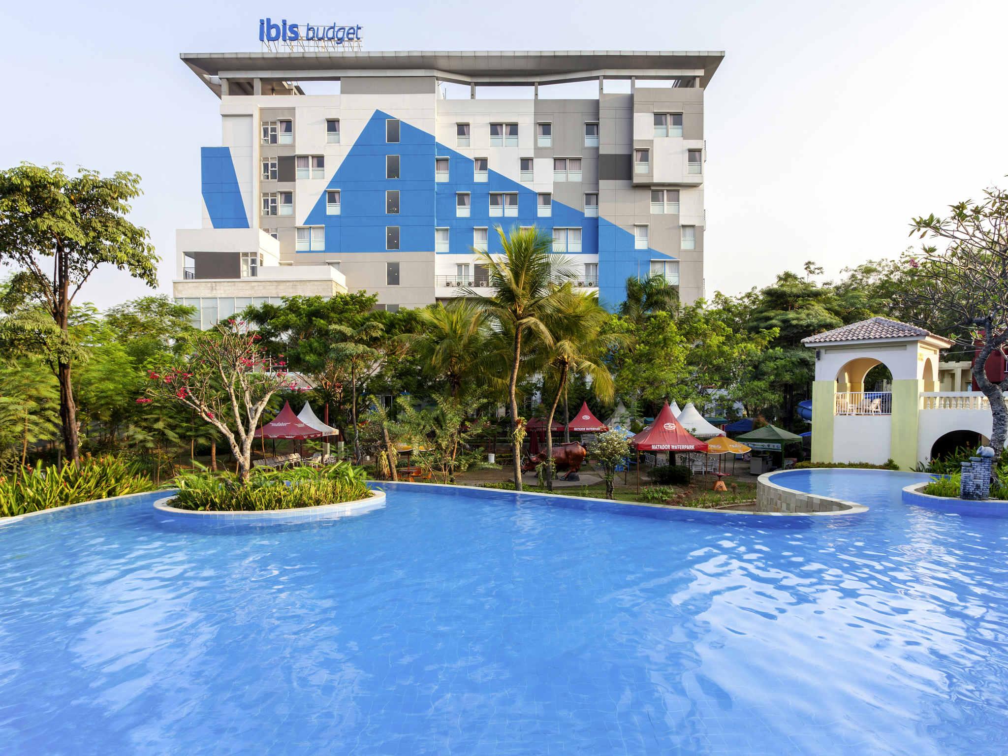 Отель — ibis Budget Cikarang Festival