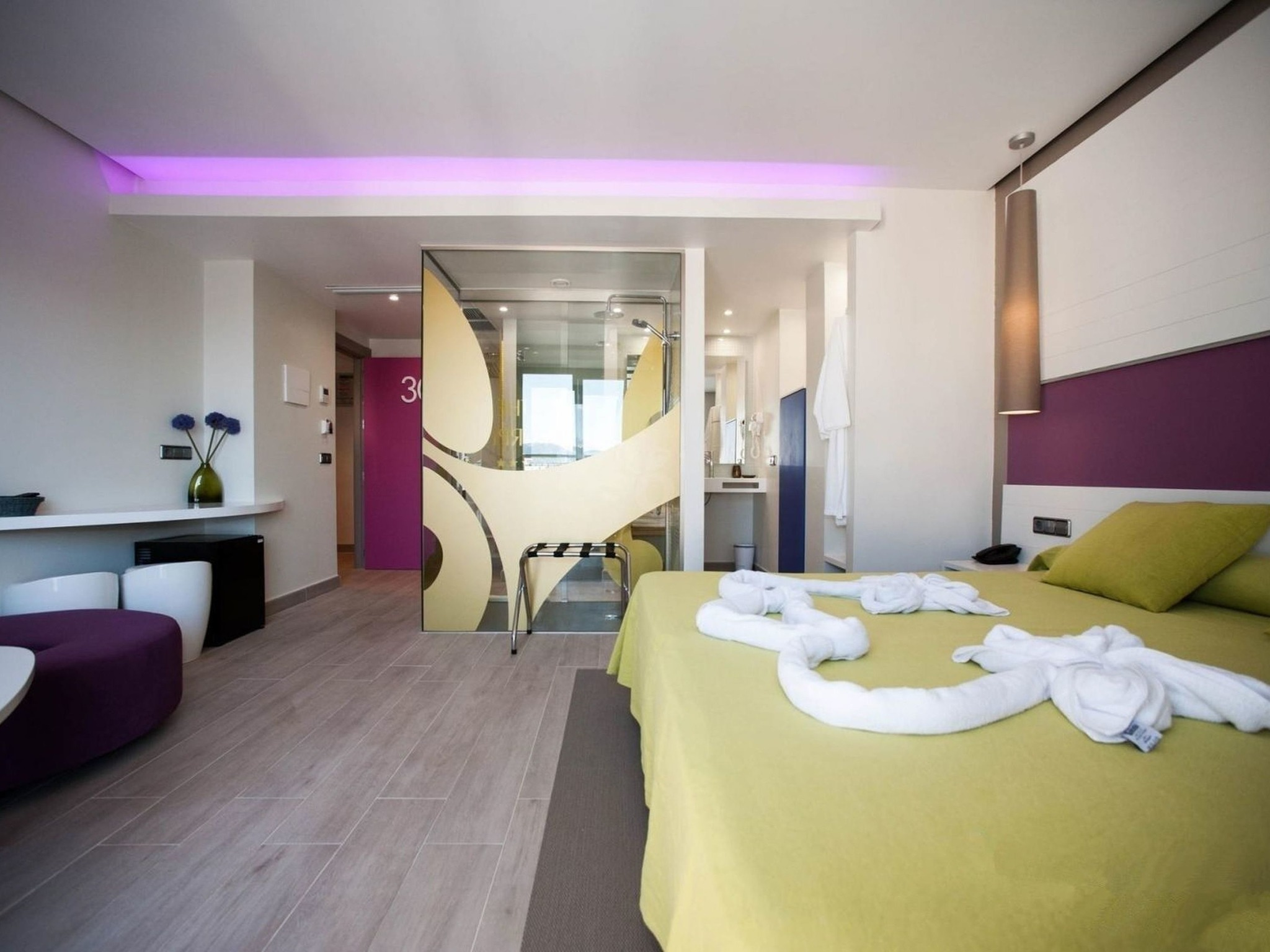hotel in san antonio - the purple hotelibiza feeling