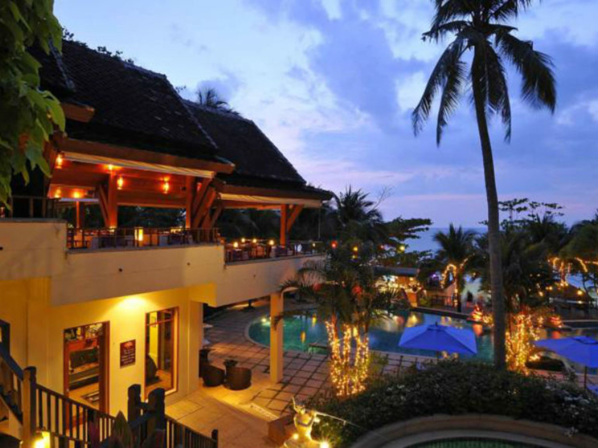 Andaman White Beach Resort To Phuket Airport