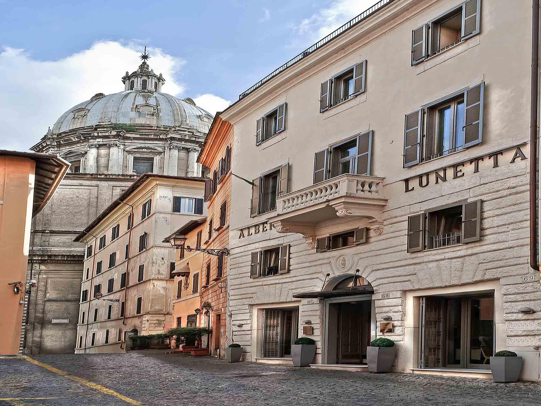Lunetta Hotel Roma
