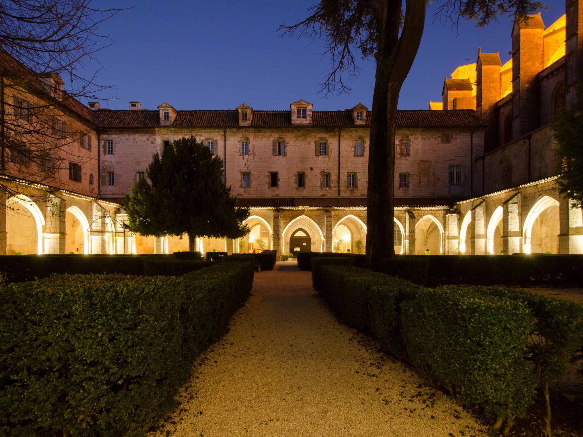 H´tel  SAINT MAXIMIN LA SAINTE BAUME Hotel Le Couvent Royal Maximin