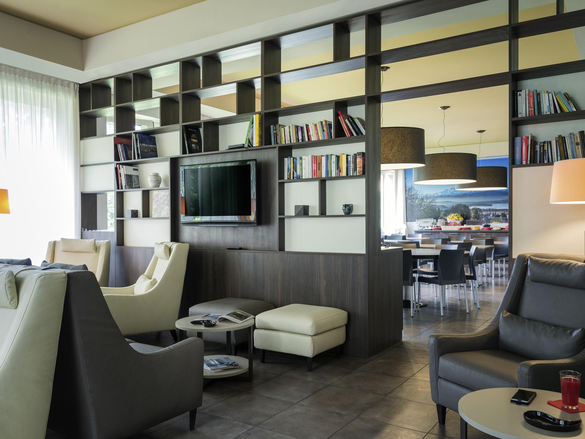 hotel in varese ibis styles varese