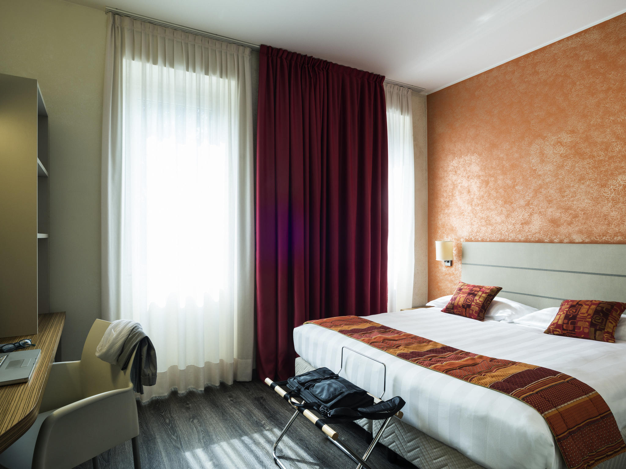 hotel a varese ibis styles varese