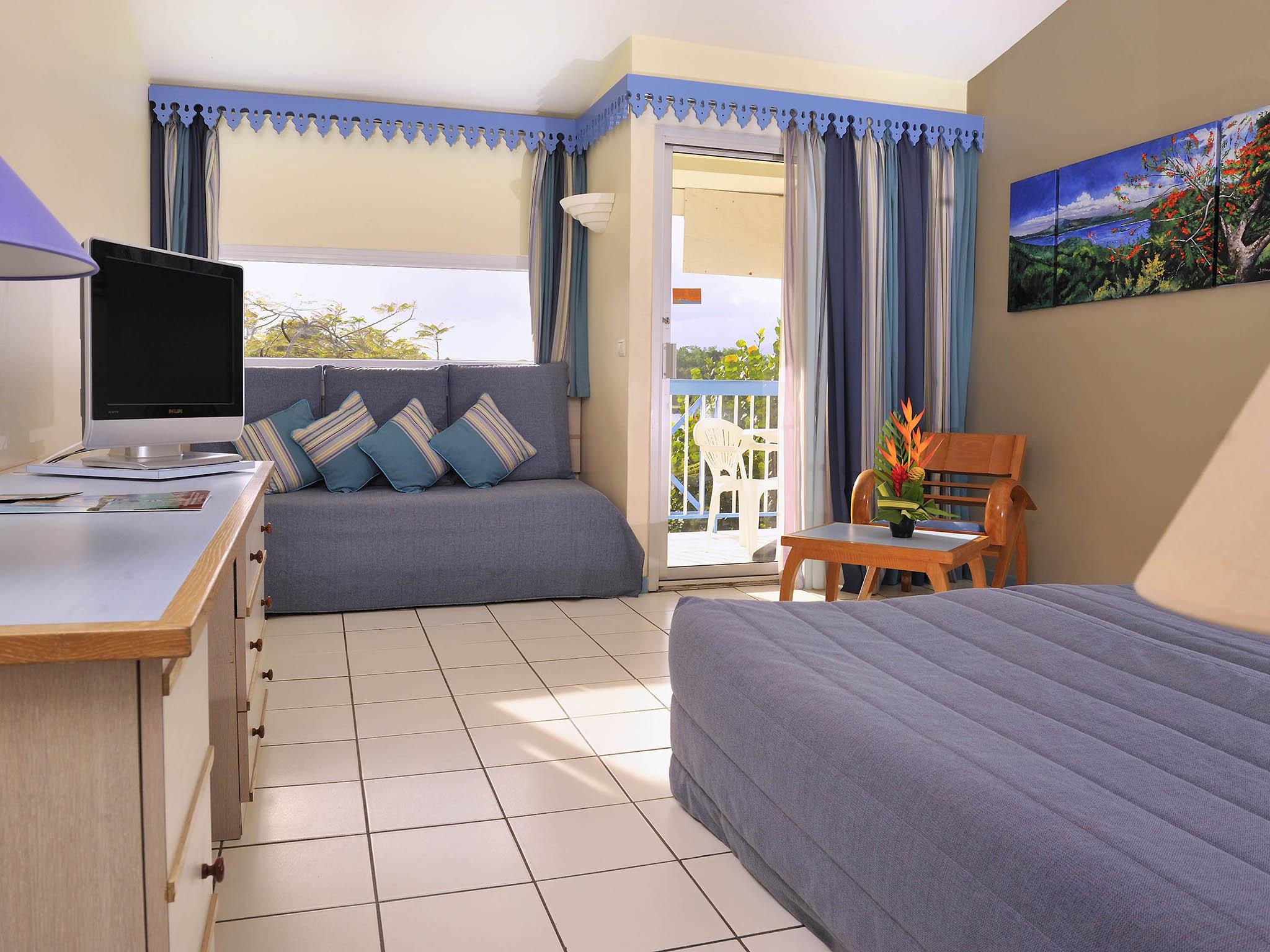 H´tel  LES TROIS ILETS Hotel Carayou And Spa