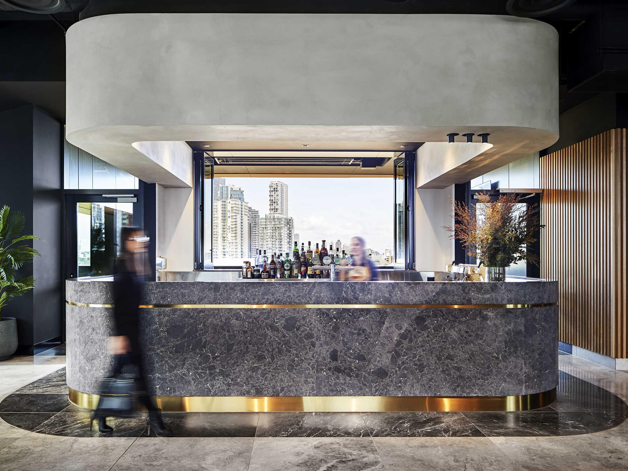 Restaurant  Novotel Melbourne South Wharf