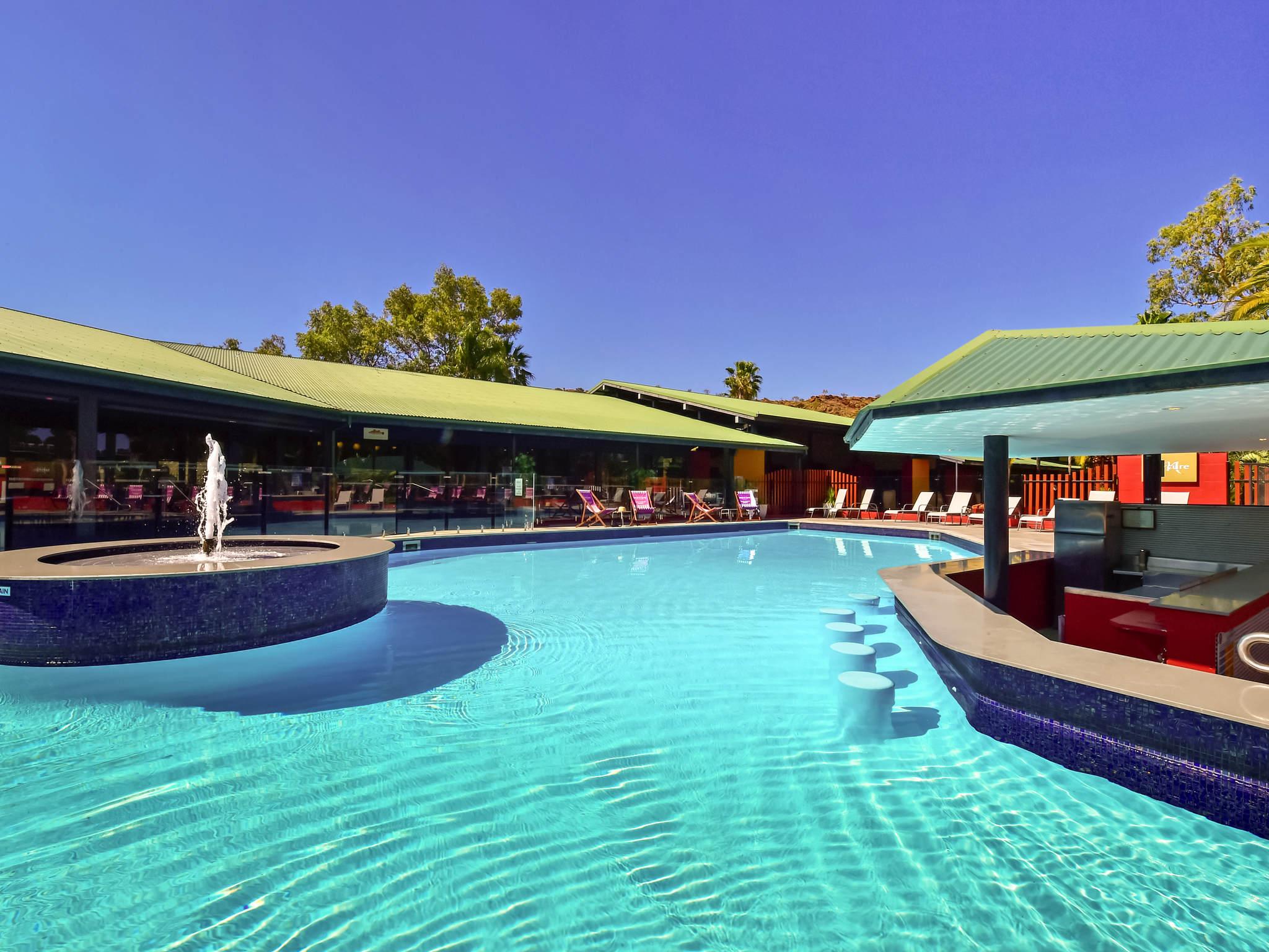 โรงแรม – Mercure Alice Springs Resort