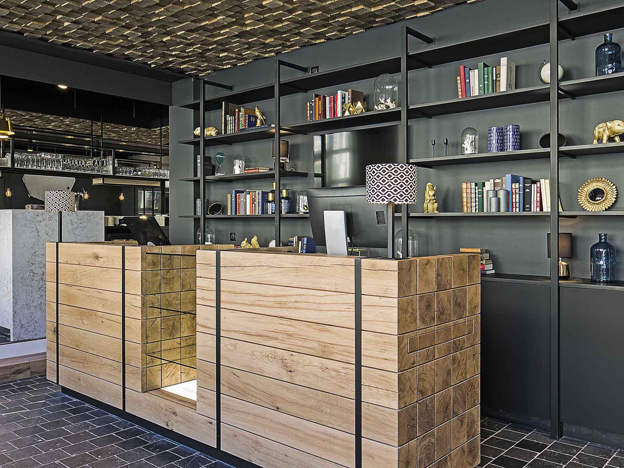 Hotel – ibis Styles Laval Centre Gare