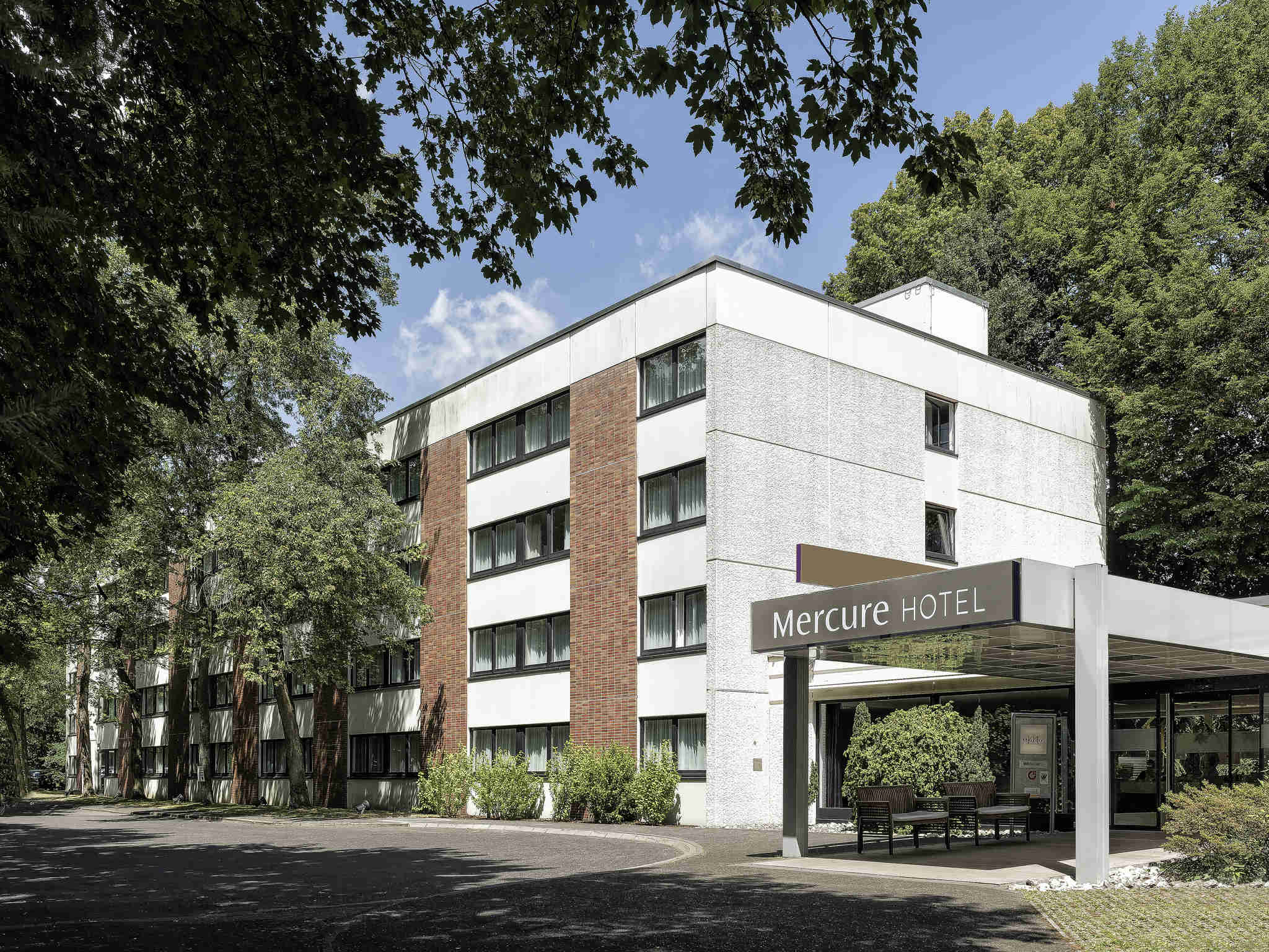 Отель — Mercure Hotel Bielefeld Johannisberg