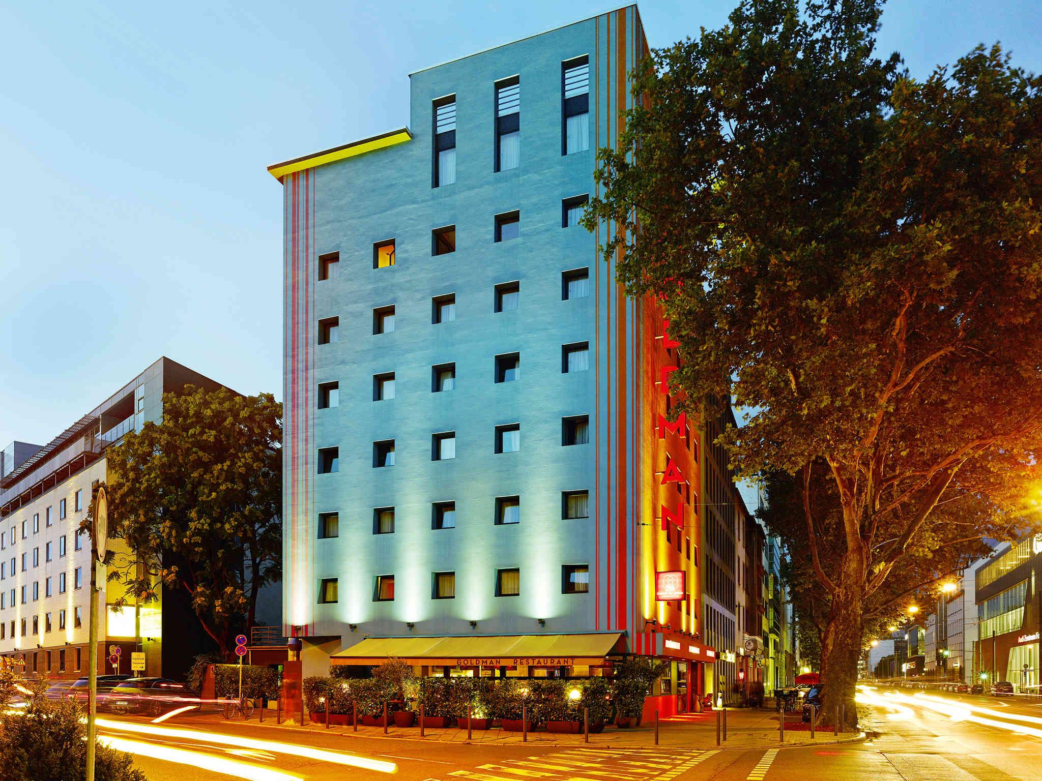 Goldman Hours Hotel Frankfurt