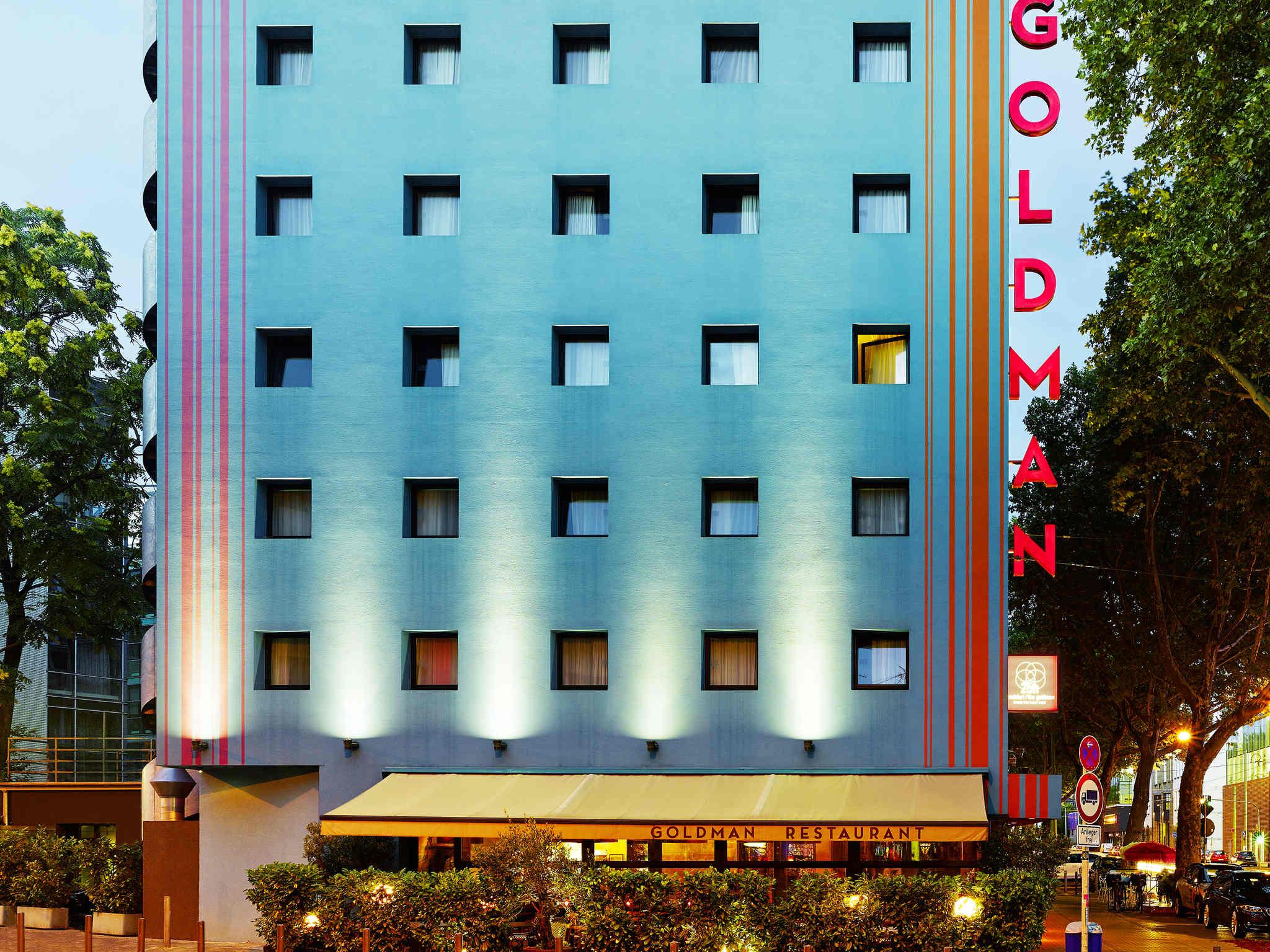 Hotel In Frankfurt Am Main 25hours Hotel Frankfurt The Goldman
