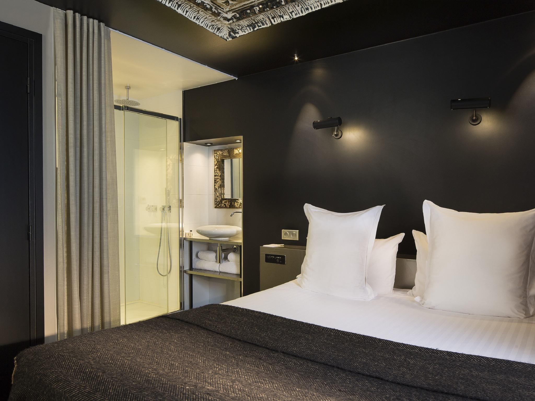 Hotel in PARIS Hotel Eugene en Ville