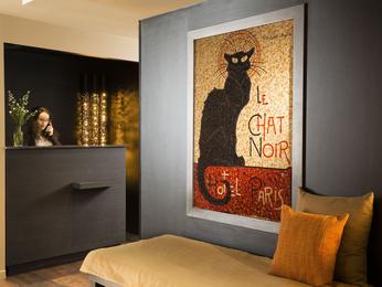 Hotel Le Chat Noir