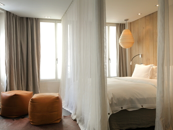 Hidden Hotel By Elegancia