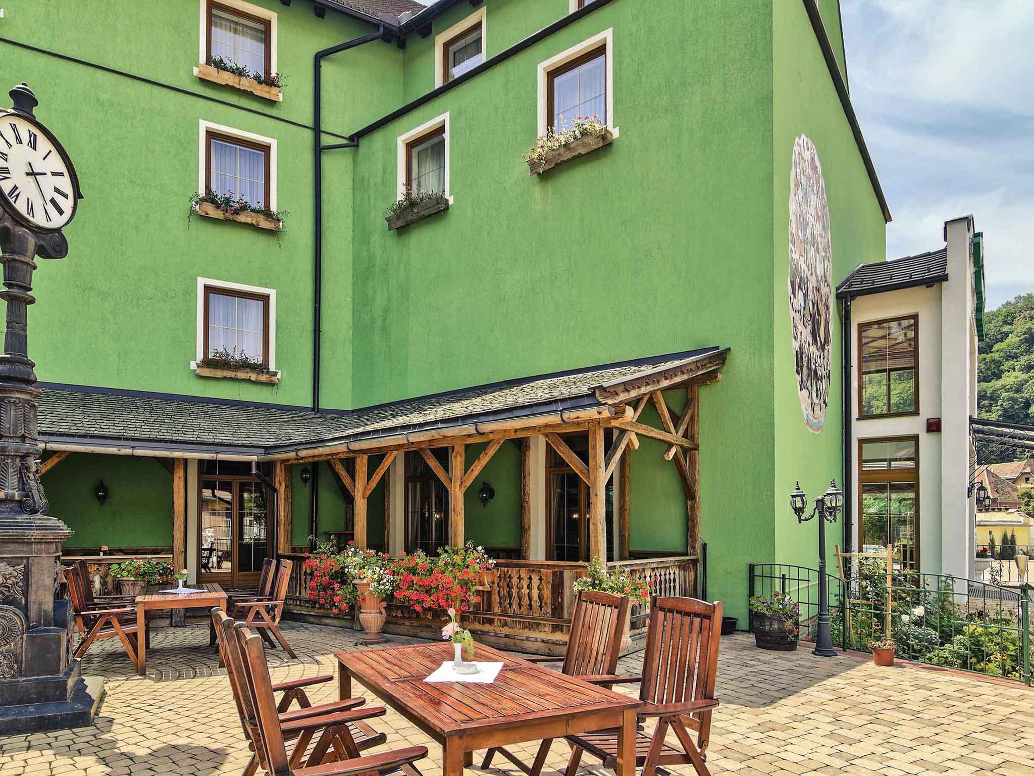 Отель — Mercure Sighisoara Binderbubi - Hotel & Spa