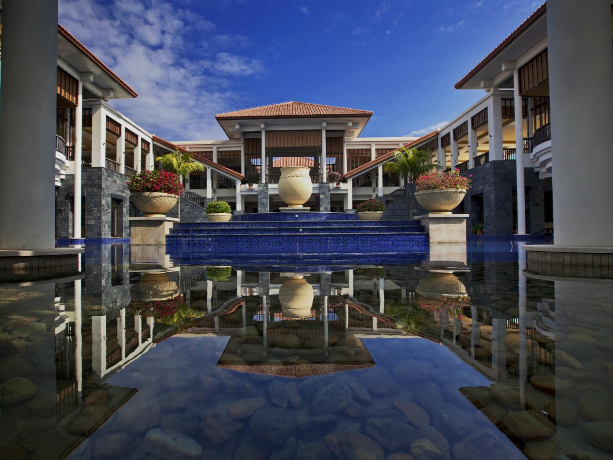 Отель — Banyan Tree Санья