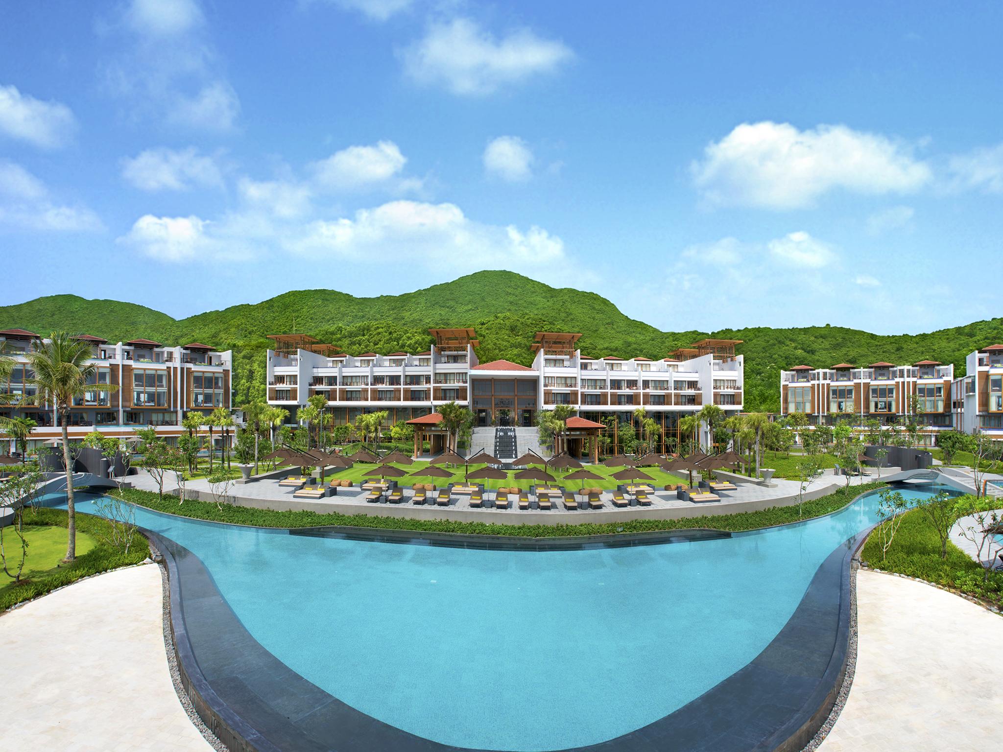 Отель — Angsana Лангко Вьетнам