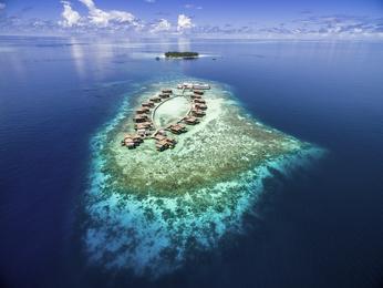 Raffles Maldives Meradhoo Resort (Opening February 2019)
