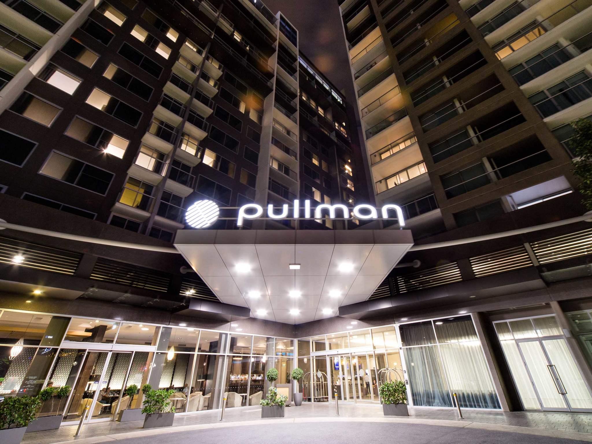 Hotel – Pullman Adelaide