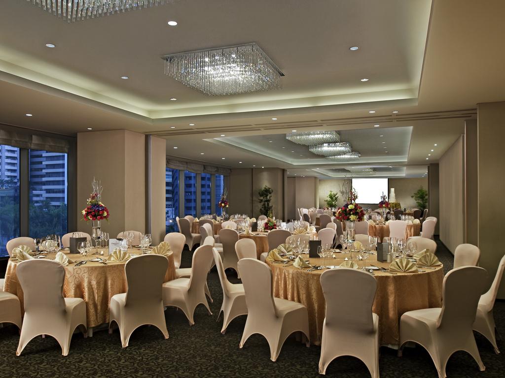 attività di incontri a Manila
