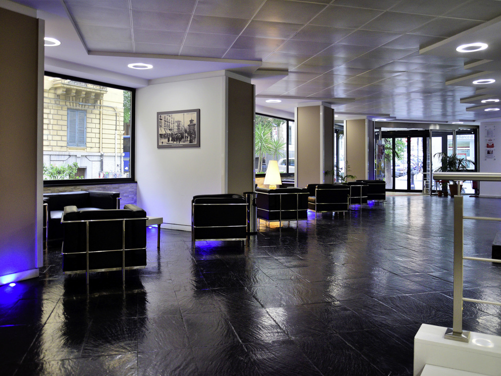 Sala Fumatori Aeroporto Palermo : Hotel a palermo ibis styles palermo cristal