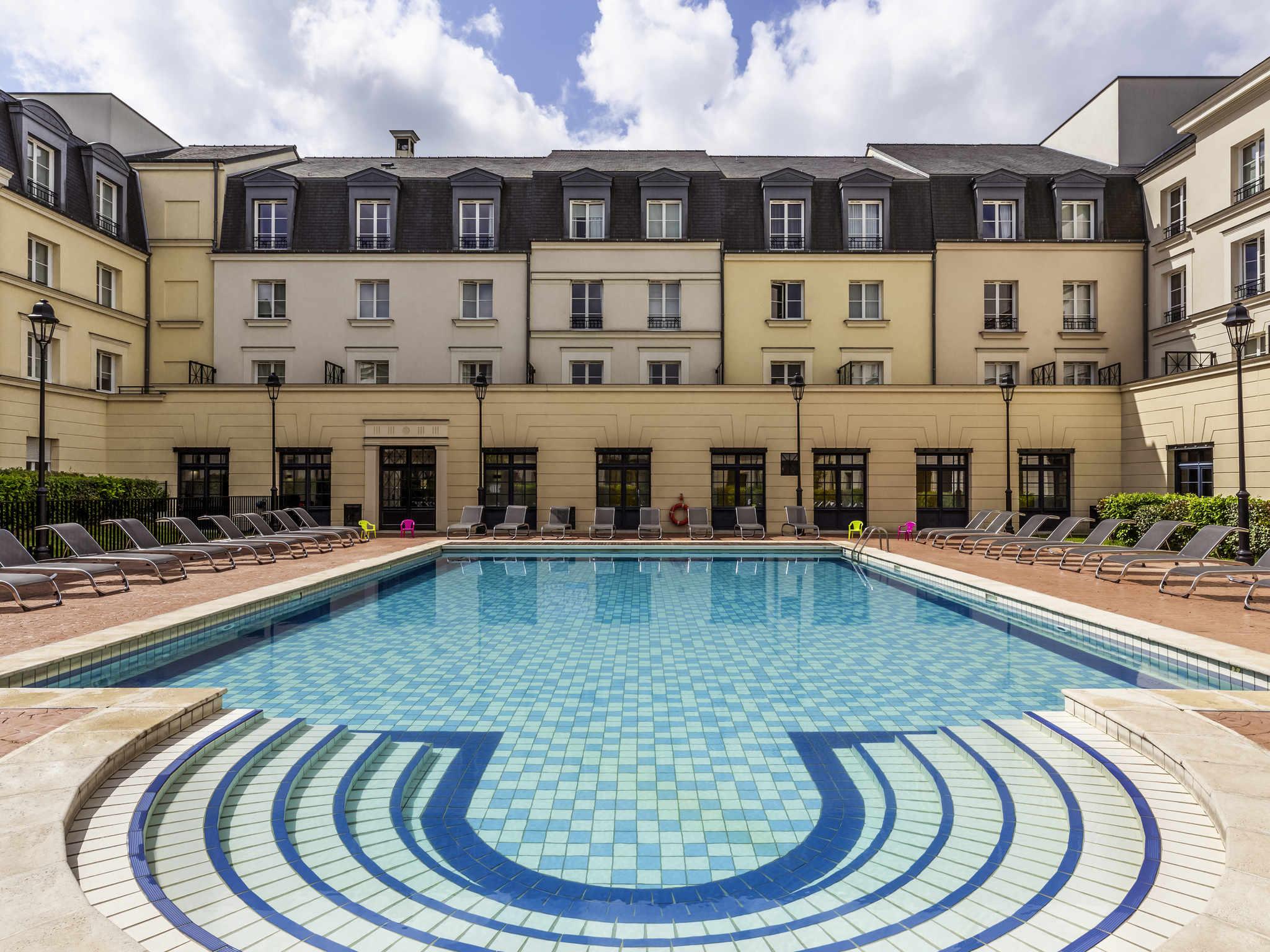 Отель — Hipark by Adagio Serris - Val d'Europe
