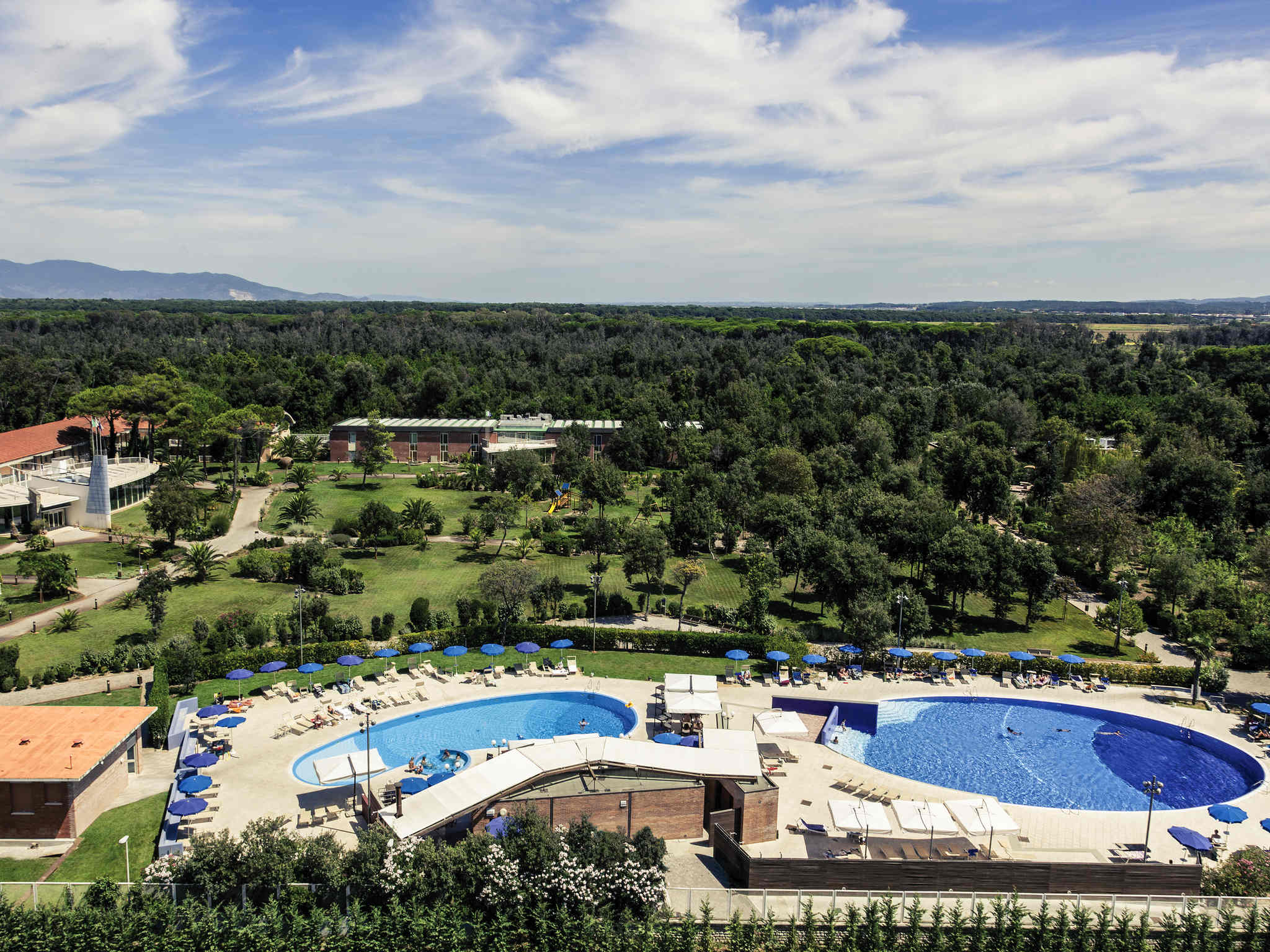 Отель — Hotel Mercure Tirrenia Green Park