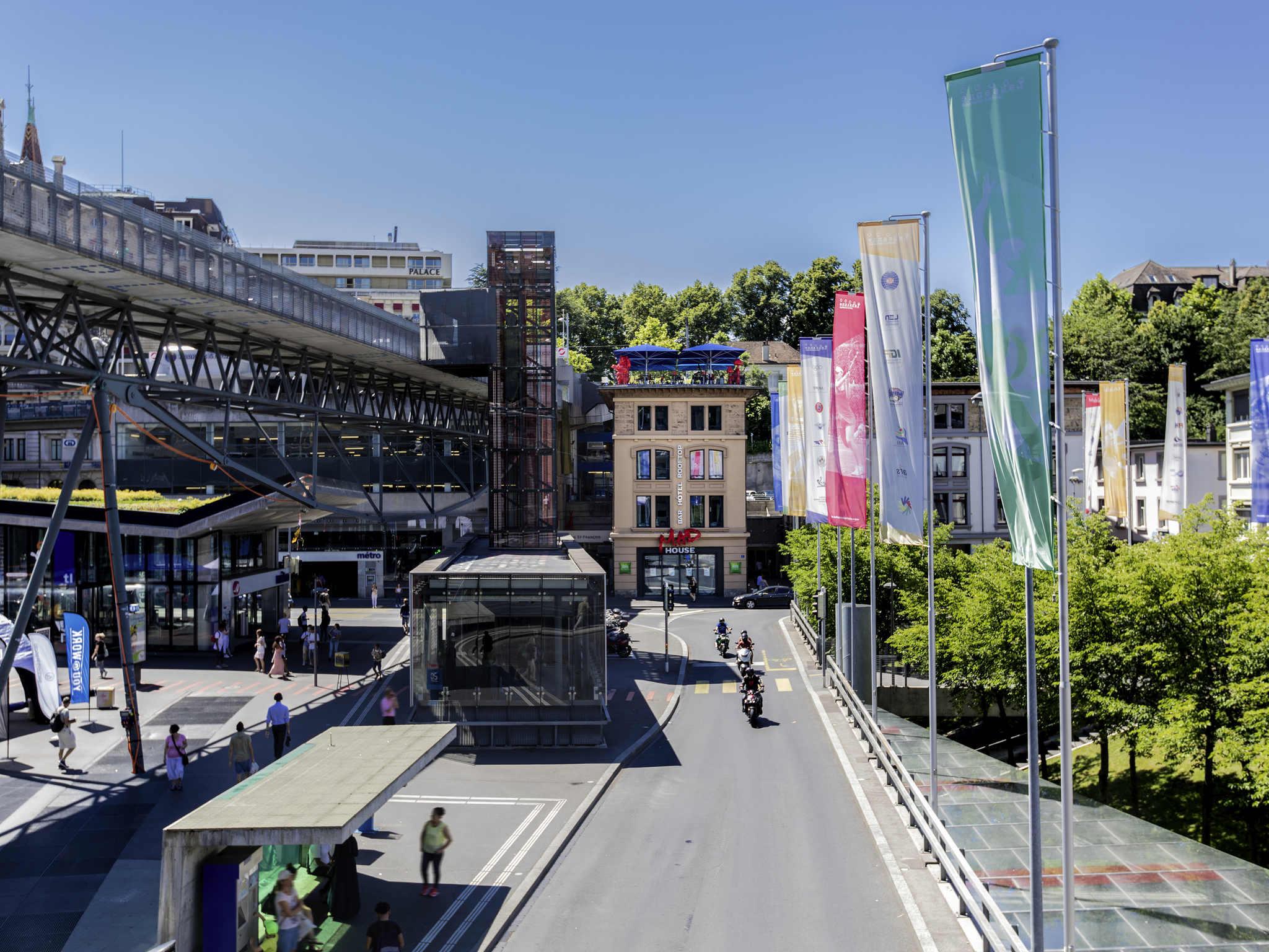 호텔 – ibis Styles Lausanne Center MadHouse