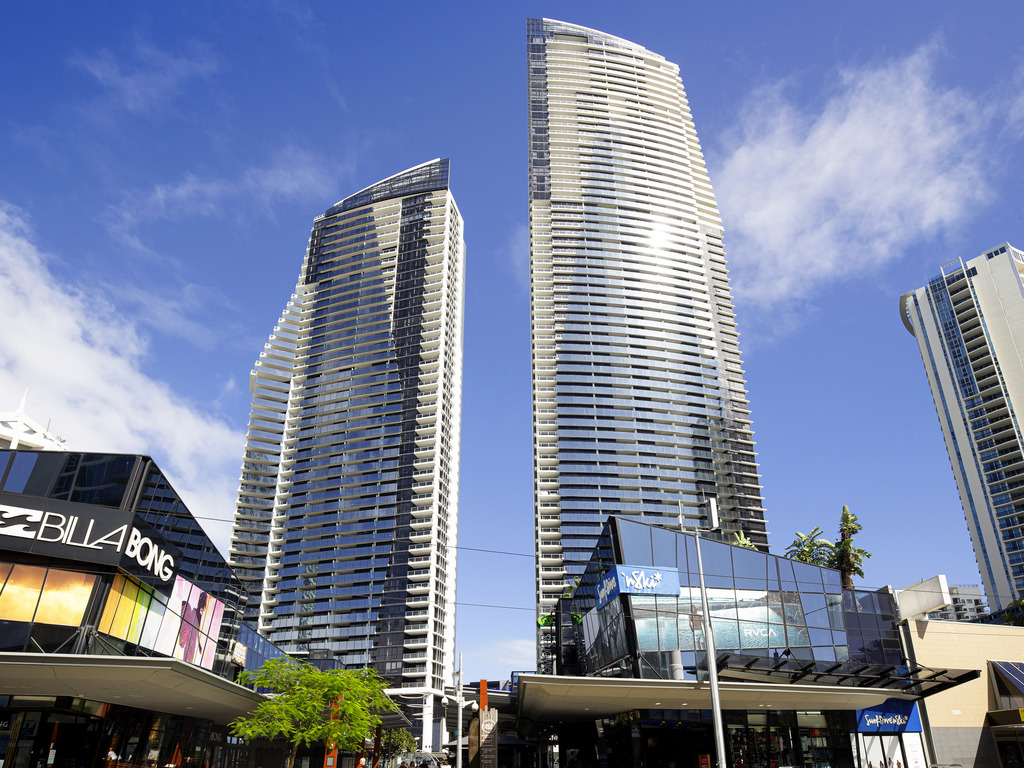 Mantra Circle on Cavill - Surfers Paradise