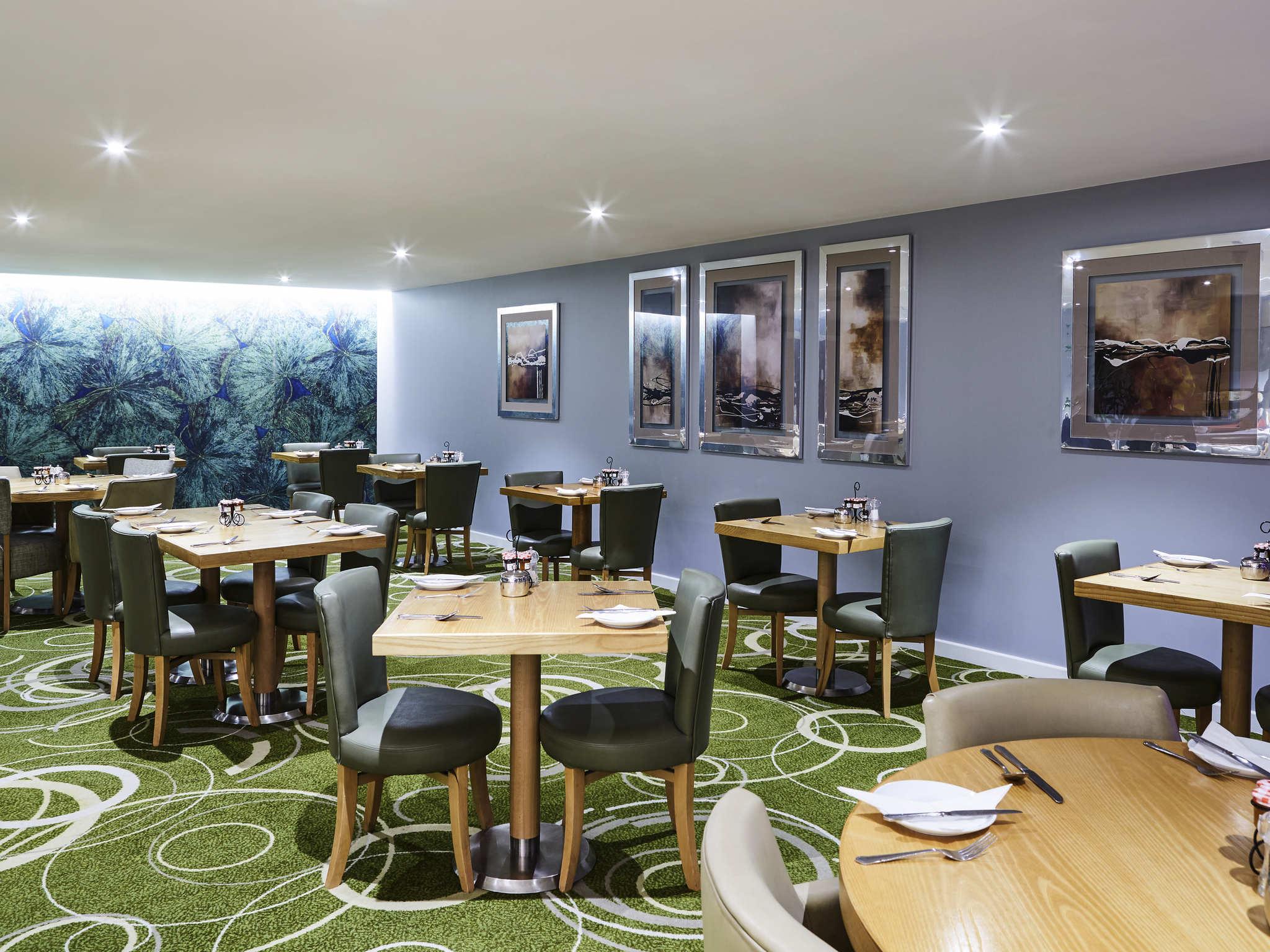 Lavagna quadrata da tavolo per menu di pub con piedistallo A3 bistrot e bar