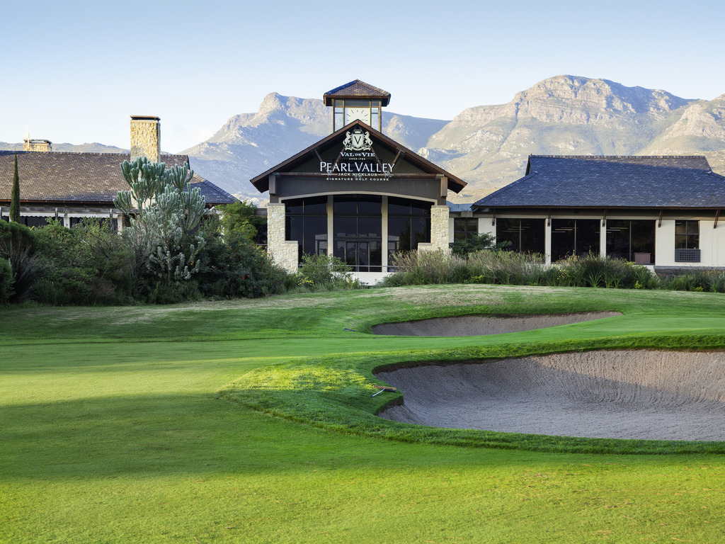 Pearl Valley Hotel by Mantis