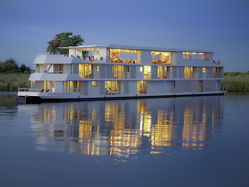 Zambezi Queen by Mantis