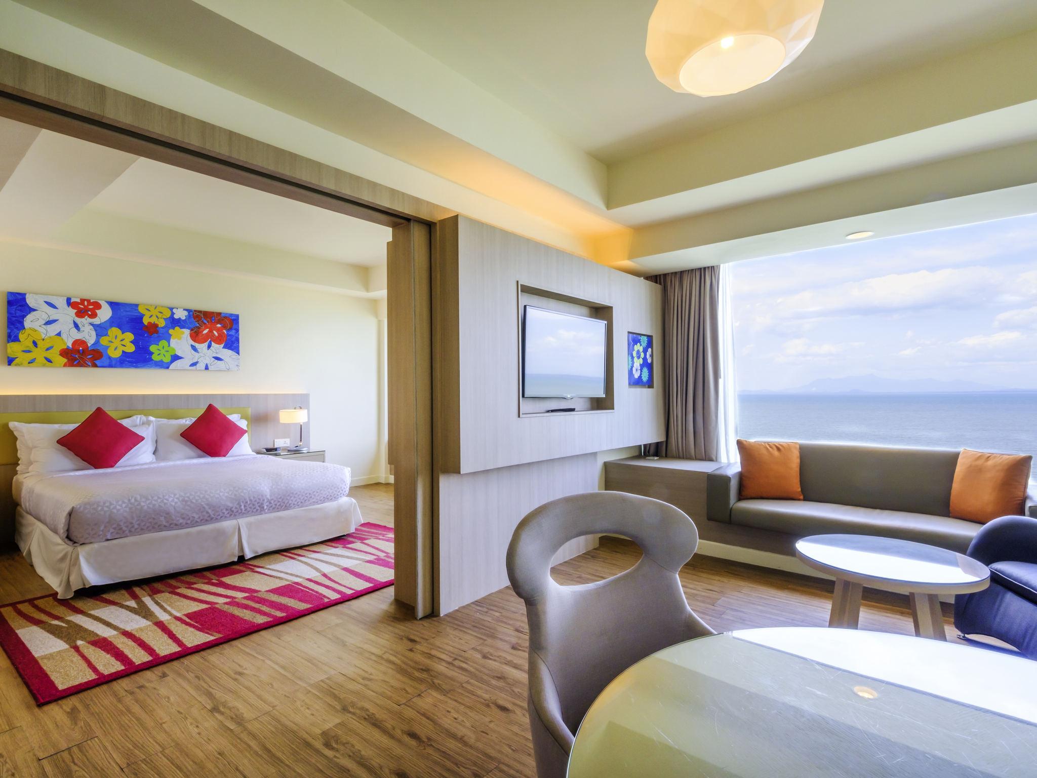 Hotel in tanjung bungah - Mercure Penang Beach