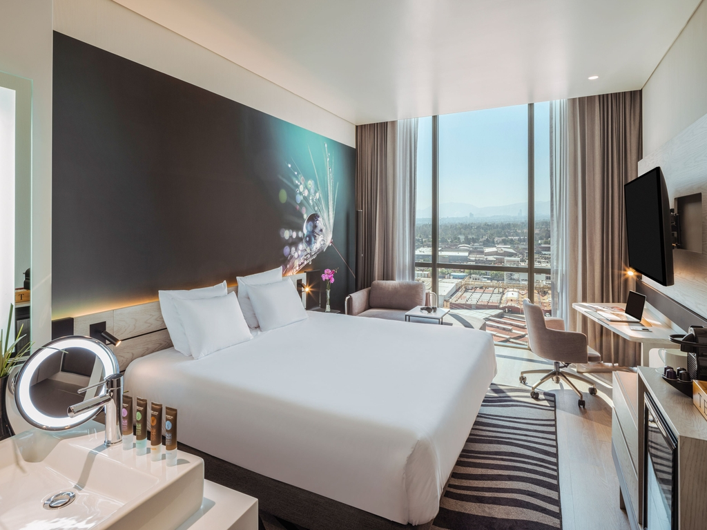 Novotel Mexico City Toreo (Opening March 2021)
