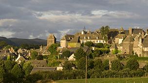 Francja - Liczba hoteli Aurillac