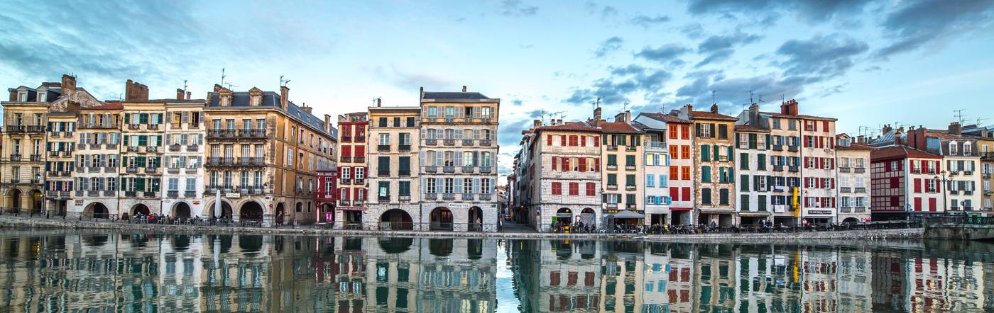 Frankrike - Hotell Bayonne