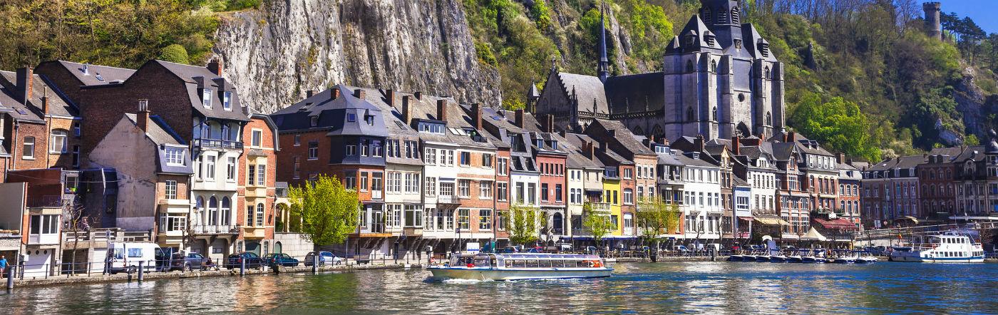 Belgia - Liczba hoteli Dinant