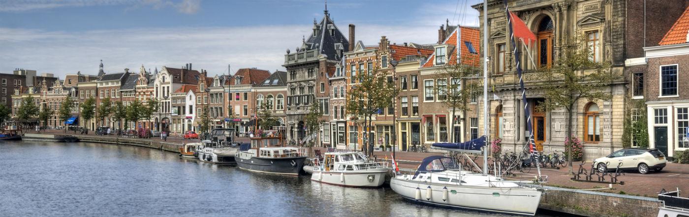 Holandia - Liczba hoteli Haarlem