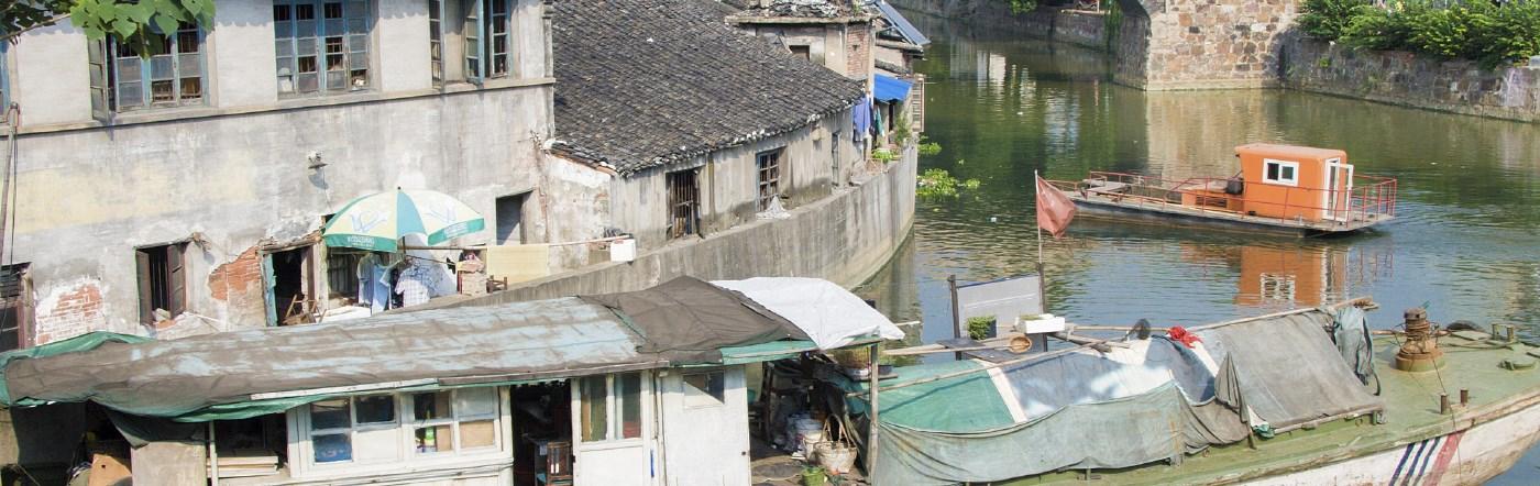 Chiny - Liczba hoteli Jiangyin