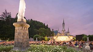 Francja - Liczba hoteli Lourdes