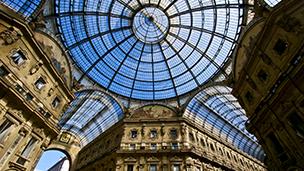 Włochy - Liczba hoteli Mediolan