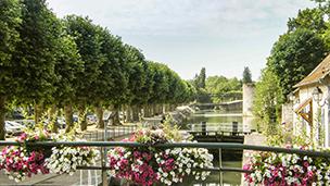 Francja - Liczba hoteli Montargis