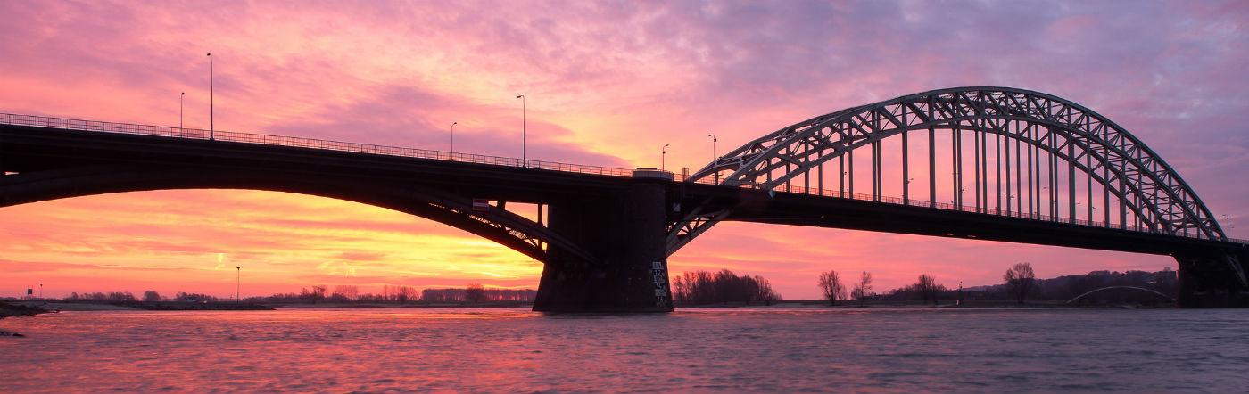 Holandia - Liczba hoteli Nijmegen