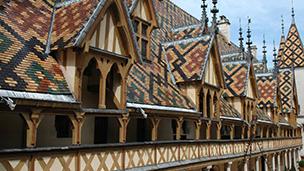 Frankrike - Hotell Nuits-Saint-Georges