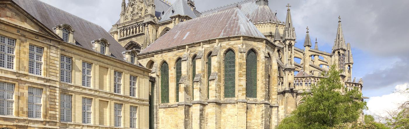 Francja - Liczba hoteli Reims