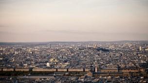 Francja - Liczba hoteli Saint Ouen