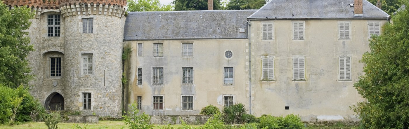 Francja - Liczba hoteli Saint Pierre Du Perray