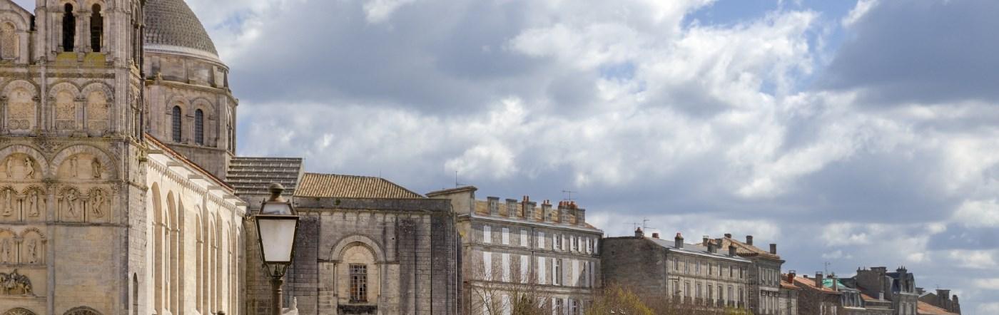 Francja - Liczba hoteli Saint Yrieix Sur Charente