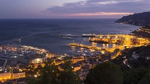 Włochy - Liczba hoteli Salerno