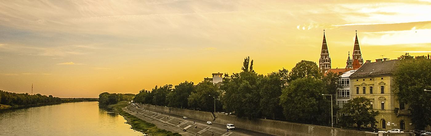 Węgry - Liczba hoteli Szeged